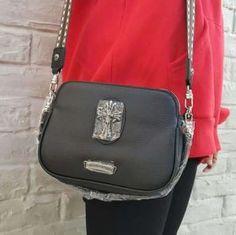 b843045341e3 激安スーパーコピーブランド通販クロムハーツコピーショルダーバッグを人気最新登場した。2018春夏新作、お買い得メンズファッションのビジネス風やカジュアル なバッグ ...