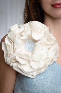 Extra Size Felt Flower Brooch   Большая войлочная брошь-цветок
