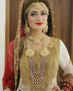 Bollywood Style, Bollywood Fashion, Bridal Fashion, Womens Fashion, Muslim Fashion, Indian Bridal, Bridal Makeup, Indian Outfits, Beautiful Bride
