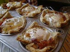 These are so good and easy to make breakfast for a crowd!