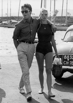 """alain-de-loin: """" Let met get this straight for everyone : this has NEVER been Alain Delon. This is Jacques Charrier. This literally is Jacques Charrier and Brigitte Bardot. This is not Alain Delon. Bridget Bardot, Brigitte Bardot, Alain Delon, Saint Tropez, Jacques Charrier, Moda Rock, Catherine Deneuve, French Actress, Look Vintage"""