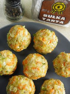 Muffin, Lunch Box, Breakfast, Ethnic Recipes, Food, Diet, Muffins, Hoods, Meals