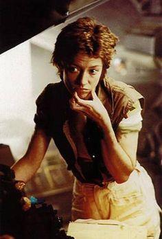Alien Movie 1979, Aliens Movie, Aliens 1986, Saga, William Gibson, Predator 1, Alien Covenant, Sci Fi Thriller, Sigourney Weaver