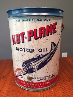 Reproduction Tin Collectible Vintage Gilmore Lion Head Motor Oil Can 1 qt.-
