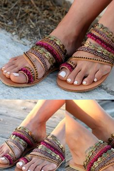 The costa rica bliss slide a shoe story обувь Toe Ring Sandals, Toe Rings, Flip Flop Sandals, Flip Flops, Shoe Story, Boho Shoes, Boho Fashion, Womens Fashion, Hippie Gypsy