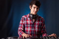 To make the birthday party special and innovative, contact Melbourne DJ Hire in just one click.