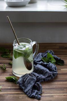 Honeysuckle Mint Lemonade
