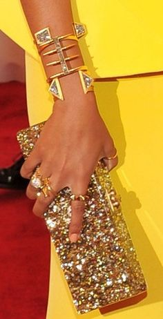 Solange Knowles amazing jewels at the MET Gala 2012 Met Gala Red Carpet, Solange Knowles, Mellow Yellow, Bright Yellow, Red Carpet Fashion, Fashion Pictures, Look Fashion, Nyc Fashion, Victoria Beckham