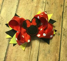 Minnie Mouse themed hair bow #bowtifulblessings