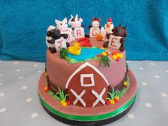 Farm friends By Scrumptious Cakes Minehead