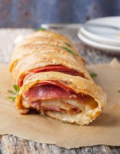 A fast and easy stromboli is the perfect dinner. Less than 30 minutes and your house will smell like your favorite pizzeria.
