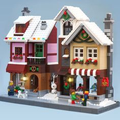 Lego MOC Winter Village Bakery and Toy Shop by Super-Junk - Genevieve Terry Lego Minecraft, Lego Moc, Minecraft Skins, Minecraft Buildings, Lego Lego, Lego Christmas Village, Lego Winter Village, Noel Christmas, Christmas Decor