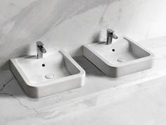 Vasque à poser carré en céramique