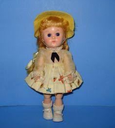 Sweet Vogue Ginny - Bent Knee Walker Doll