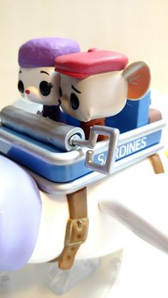 """My Disney Treasures Subscription Box just arrived today from Funko! I knew the theme was """"Adventure Is Out There"""", so I was sure it was goi. Figurine Disney, Pop Figurine, Disney Pop, Disney Stuff, Funko Pop Display, Funko Pop Dolls, Disney Treasures, Funk Pop, Pop Toys"""