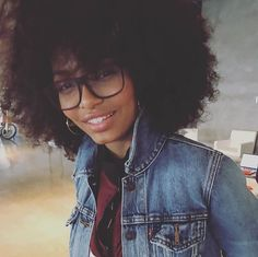 Gorgeous 'fro and glasses! #naturalhair #naturalnerdgirl