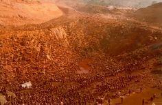 Serra Pelada Amazonia anos 1980 Brasil  Formigueiro Humano a maior concentração de trabalhadores desde o Egito antigo e a maior corrida do ouro do seculo XX.