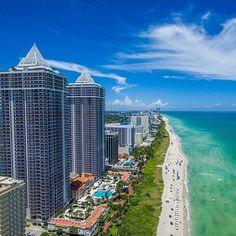 A dose of Miami blues. : @topflight_photography #Miamibeach