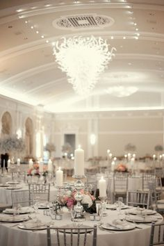 Silver Wedding Ideas. this, is beautiful, takes your breath away.