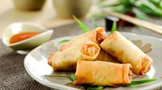 Two different recipes for Chinese Egg Roll Wrappers, also known as spring rolls wrapper, which are loved all over the world Egg Roll Recipes, Pork Recipes, Asian Recipes, Cooking Recipes, Asian Foods, Egg Roll Wrappers, Wonton Wrappers, Dumpling Wrappers, Chinese Appetizers