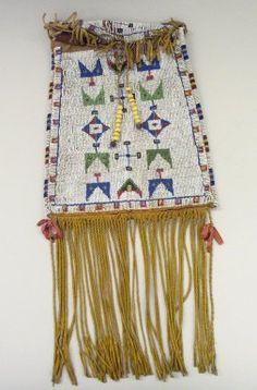 Brooklyn Museum: Магическая сумка. Шайены, конец 19 века.
