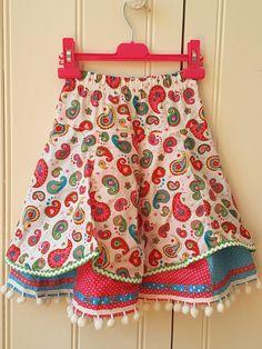 Bekijk dit items in mijn Etsy shop https://www.etsy.com/listing/275415914/little-girls-skirt