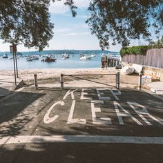 This quite and beautiful beach is in Double Bay, a cool suburb in Sydney // MARIAJESUS.CO