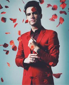 Brendon Urie from Panic! At The Disco in red suit #PATD #BrendonUrie