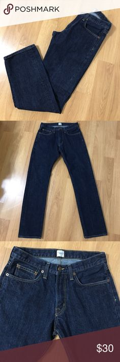 Lands' End Straight Fit Jeans Pre-owned, excellent condition, Lands' End Canvas Jean. Size 30W X 32L. Lands' End Jeans Straight