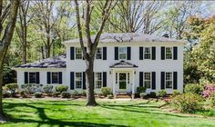 Lately I've been looking at all of the pretty houses around the country on Zillow that are not beige and covered in stucco and rethinking my decision to live in Arizona. PC: Raleigh, NC Zillow.