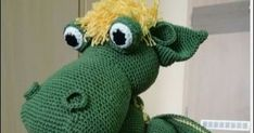 Horgolás leírások, Amigurumi, Ajándék, kézműves játék, kézműves ajándék Easy Crochet Patterns, Crochet Patterns Amigurumi, Dinosaur Stuffed Animal, Elsa, Knitting, Toys, Gifts, Animals, Green Dragon