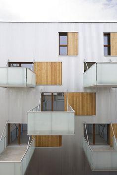 Imagen 3 de 23 de la galería de 52 unidades de vivienda social en Nanterre / Colboc Franzen & Associés. Fotografía de Cécile Septet