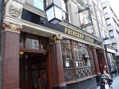 Princess Louise Pub in Holborn, London popular pub that has pretty Victorian details. Good for drink as food is bad
