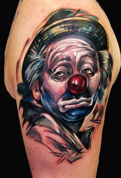What does clown tattoo mean? We have clown tattoo ideas, designs, symbolism and we explain the meaning behind the tattoo. Cute Tattoos, Body Art Tattoos, Awesome Tattoos, Tatoos, Evil Clown Tattoos, Clown Pics, Circus Tattoo, Drama Masks, Clown Horror