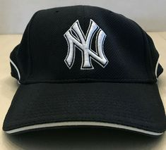3d6249a5c58 NY Yankees New Era Official Batting Practice Cap Size Large XL - Authentic