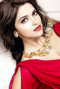 12 Best Red Lipstick Shades For Every Indian Woman