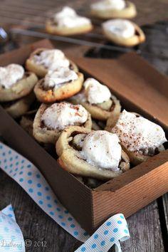 cinnamon roll sugar cookies diethood.com