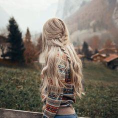 annalyncook Travel Hairstyles, Cute Hairstyles, Blonde Hair Inspiration, Style Inspiration, Curls, Autumn Fashion, Braids, Hair Beauty, Dreadlocks