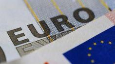 Euro Bölgesi, Şubat'ta Deflasyona Geri Döndü - http://eborsahaber.com/gundem/euro-bolgesi-subatta-deflasyona-geri-dondu/