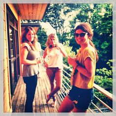 Singer/Songwriters Courtney Jaye, Jessie Baylin, and Erin McCarley. AND the photo was taken by Kate York.            AMAZING