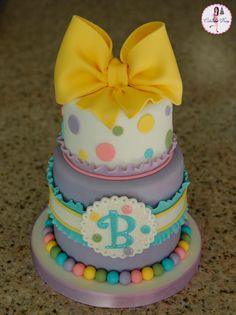 polka dot baby cake
