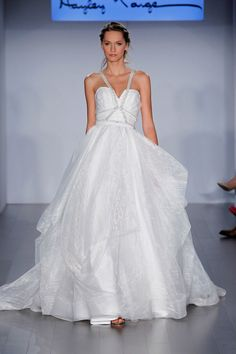 We may be in the depths of winter, but our Look Book is brimming over with incredible spring collections that have us ready for wedding season. Case in point? Hayley Paige's Spring 2015 Collection. Fresh, lively and feminine, this line is as stunning as they come!Get a taste of the prettiness below… Known for her […]