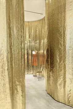 Derek Lam store by SANAA (metallic curtains as dividers) um. where do I get metallic curtains? Commercial Design, Commercial Interiors, Decor Inspiration, Gold Curtains, Retail Interior, Retail Space, Derek Lam, Architect Design, Retail Design