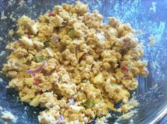 Chickpea Salad 2 cans of rinsed chick peas 1/2 C finely chopped cashews 1 medium apple, chopped  Small handful chopped green grapes 1/2 small diced red onion 1 TB of minced garlic 2 TB Just Mayo