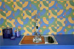 Cerâmica hidráulica na cozinha.