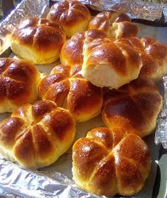 ΜΑΓΕΙΡΙΚΗ ΚΑΙ ΣΥΝΤΑΓΕΣ 2: Τυρόψωμα !!!! Finger Food Appetizers, Appetizer Recipes, Cooking Time, Cooking Recipes, The Kitchen Food Network, Homemade Dinner Rolls, Food Gallery, Food Snapchat, Bread Cake