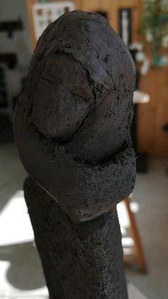 Sculpture Terre noire Sculpture, Earth, Atelier, Sculptures, Sculpting, Statue, Carving