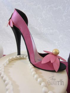 Shoe Box Cake, Bag Cake, Shoe Cakes, Purse Cakes, Fondant Shoe Tutorial, High Heel Cakes, Versace, Giuseppe Zanotti Heels, Stiletto Shoes