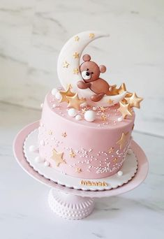 I love light and soft pastel colors! This cake fills me with a lot of tenderness! Baby Girl Birthday Cake, Cute Birthday Cakes, Baby Girl Cakes, 30th Birthday, Birthday Ideas, Torta Baby Shower, Beautiful Cake Designs, Birthday Cake Decorating, Cute Cakes
