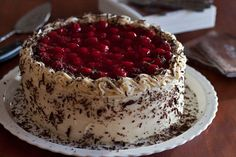 Black Forest Cheesecake Cake is a triple layer cake that is part black forest cake and part cheesecake. This is a rich and decadent cheesecake cake recipe! Cheesecake Cake, Chocolate Cheesecake, Cheesecake Recipes, Chocolate Cake, Caramel Cheesecake, Cheesecake Bites, Oreo Cake, Chocolate Covered, Pie Recipes